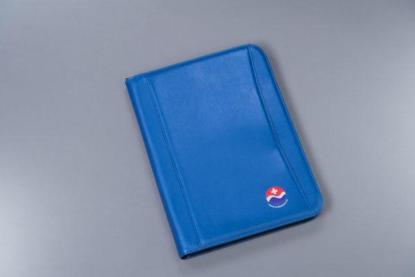 SBV Schreibmappe blau Aussenansicht